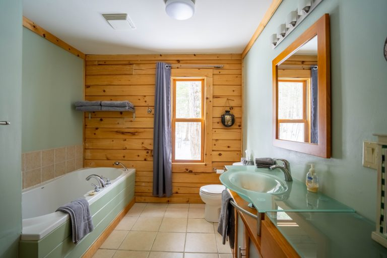 Bathroom - Cottage